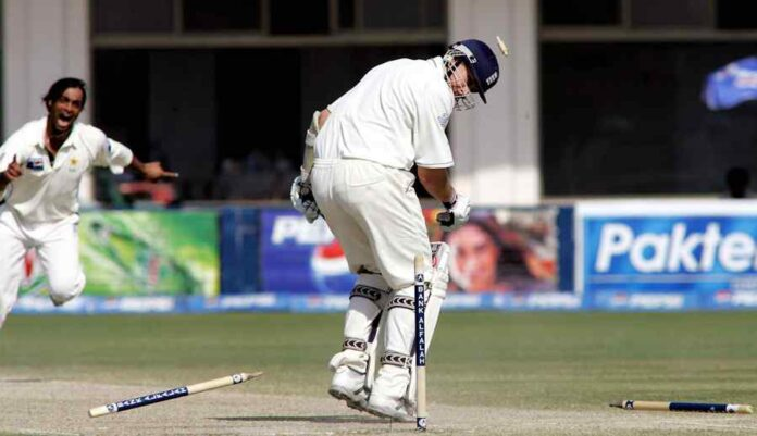5 Bowlers Who Have Dismissed the Most Batsmen For a Duck in Test Cricket
