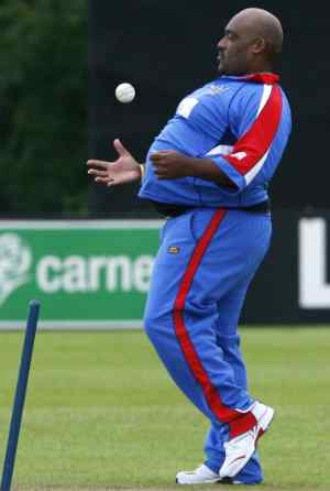 Top 5 Fattest and Heaviest Cricketers in the World